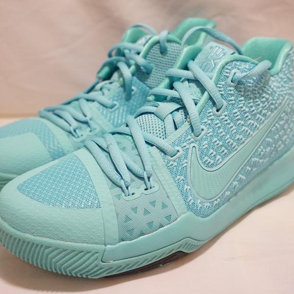 Nike Shoes | Nike Kyrie Irving 3